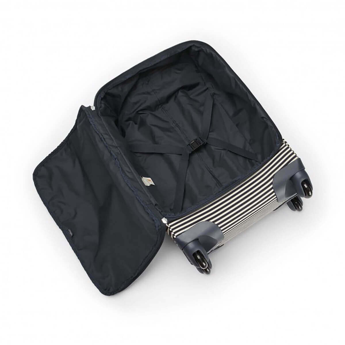 Kipling - Basic - Travel (Wheeled) - Darcey - Medium Cabin